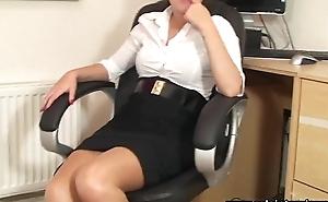 SoloInterviews Hawt ass office girl Ava striptease masturbates