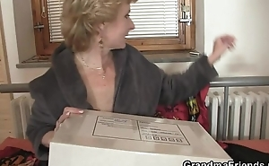 Mature slut takes twosome cocks