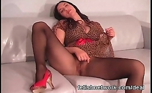 Her wet hose pussy