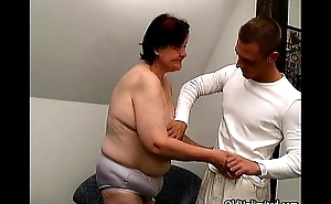 Chubby age-old housewife gets fucked