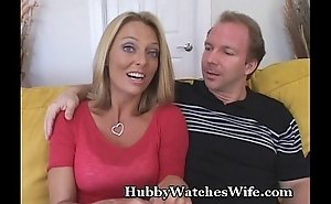 Younger Suppliant Fucks Mature Pussy