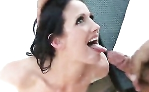 Cock hungry brunette serves dramatize expunge entire crew of landscapers