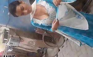 Hot indian babe glum titties jizzed at their way toughness