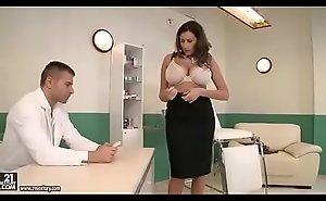 Sensual Jane visita al adulterate y es follada