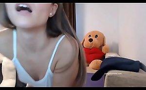 Sexy Teen Groans And Rubs Herself ( Camgirlspower.com )