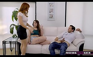 MomsTeachSex - Hot MILF Caught Sprog Shafting StepSon S8:E1