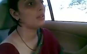 Gujju Indian mom fuck in car