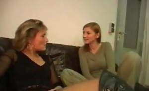 Hot mother-daughter's friend action (german)