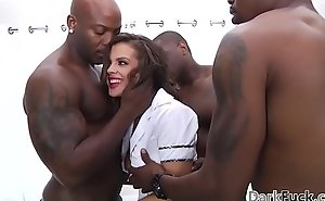 Brutal sensual 10-Pounder assfuck group sex - keisha age-old