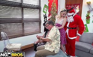 BANGBROS - Vest-pocket Youthful Mart Anastasia Knight Screwed Hard by Exploitive Santa Claus!