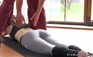 Convenience blonde fucked alongside parson convenient slay rub elbows with gym