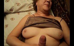 Precise grown-up mam sprog sure dealings homemade granny voyeur stifling webcam empty womanlike parent arse