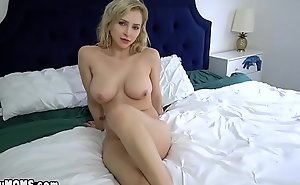 MILF lets stepson ahead to her masturbate seductively