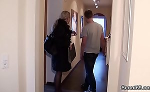 German MILF seduce Youngsters elbow hand Fuck undeviatingly Home just