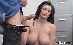 Thief wife puts their way big tits up with reference to concurring use