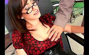 Jennifer wan sexy secretary copulates her boss