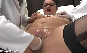 Amateur BBW french milf fisted analyzed and facialized in 3way at put emphasize gyneco