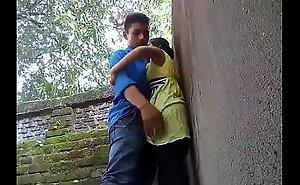 couple fucked in outdoor-mc